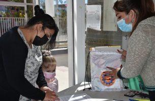 Dideco entregó kits escolares a estudiantes de Sierra Gorda y Baquedano